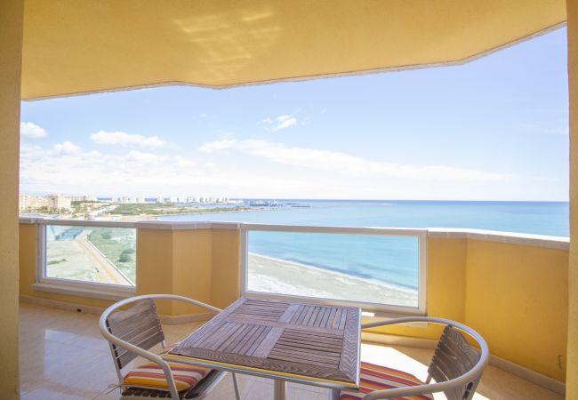 Apartamento en La Manga del Mar Menor - Ático en primera línea del Mediterráneo