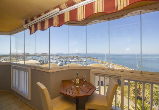 Apartamento en La Manga del Mar Menor - Dos dormitorios con preciosas vistas al mar