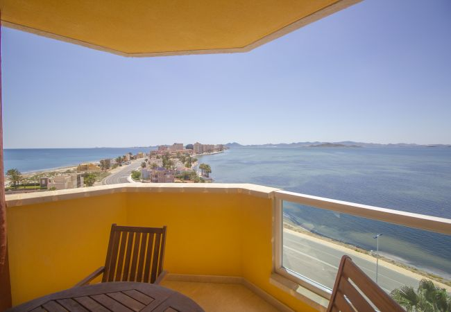 Apartment in La Manga del Mar Menor - South facing, modern apartment with views to both seas!!