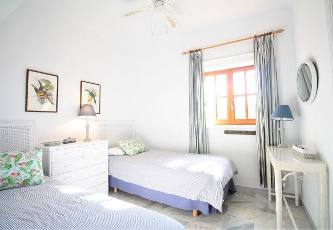 Apartment in Cabo de Palos - Charming two bedroom ground floor in the heart of Cabo de Palos