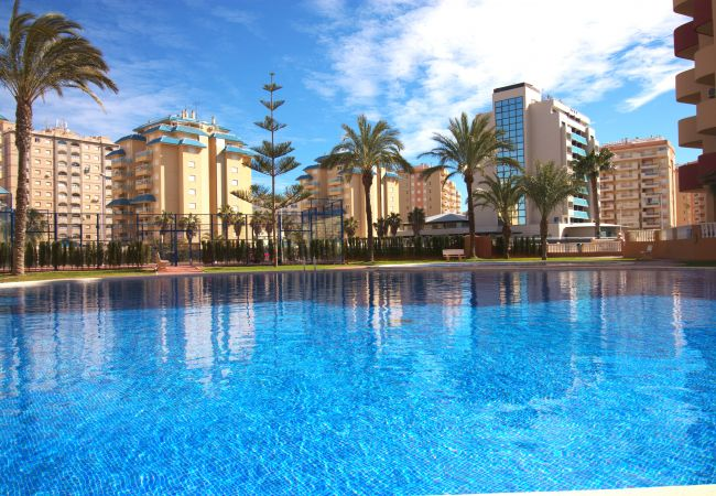 Apartment in La Manga del Mar Menor - Spacious three bedroom in Los Miradores del Puerto