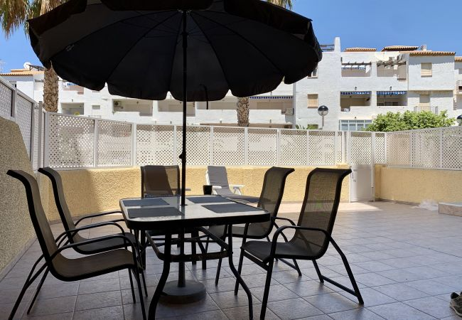 Apartment in La Manga del Mar Menor - Airy one bedroom with large terrace